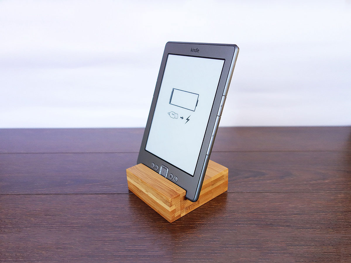 Bamboo Iphone Stand 01
