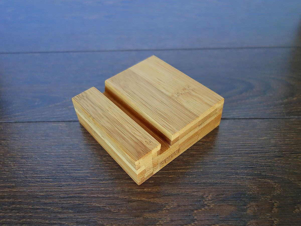 Bamboo Iphone Stand 05