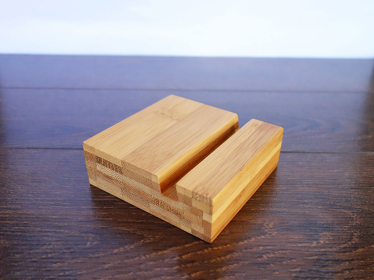 Bamboo Iphone Stand 06