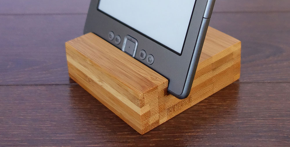 Bamboo Iphone Stand 07