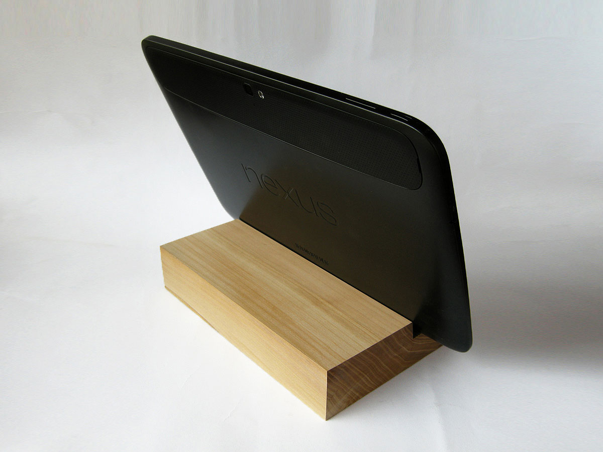 ipad air 2 docking station ipad dock cherry wood magowood. Black Bedroom Furniture Sets. Home Design Ideas