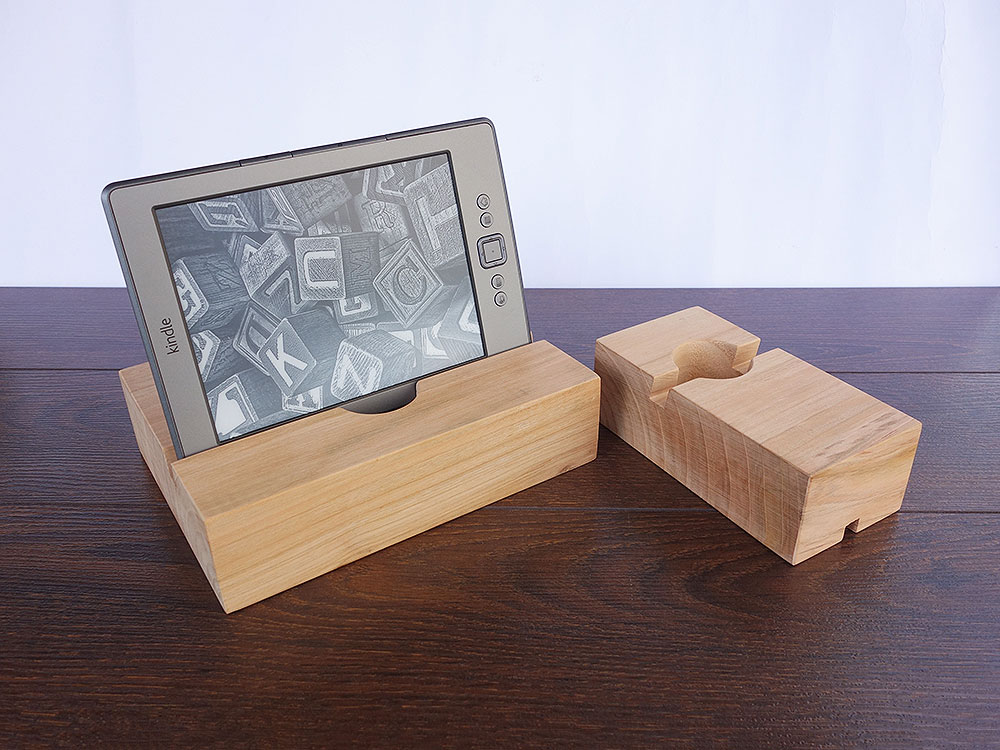 ipad air 2 iphone 6 docking station ipad dock iphone dock cherry wood stand magowood. Black Bedroom Furniture Sets. Home Design Ideas