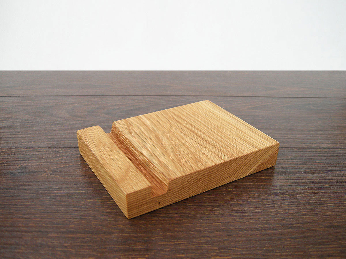 Wood Ipad Stand 1310 Oak 03