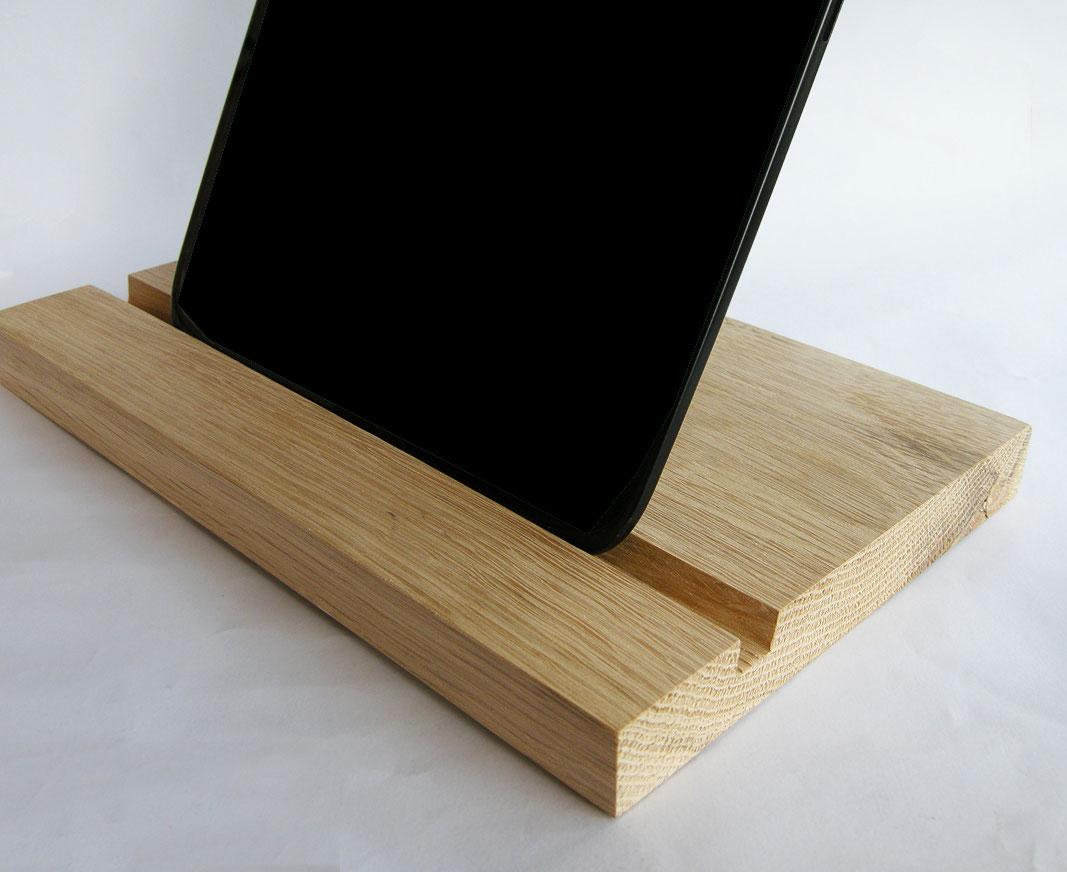 Wood Ipad Stand 2415 Oak 04