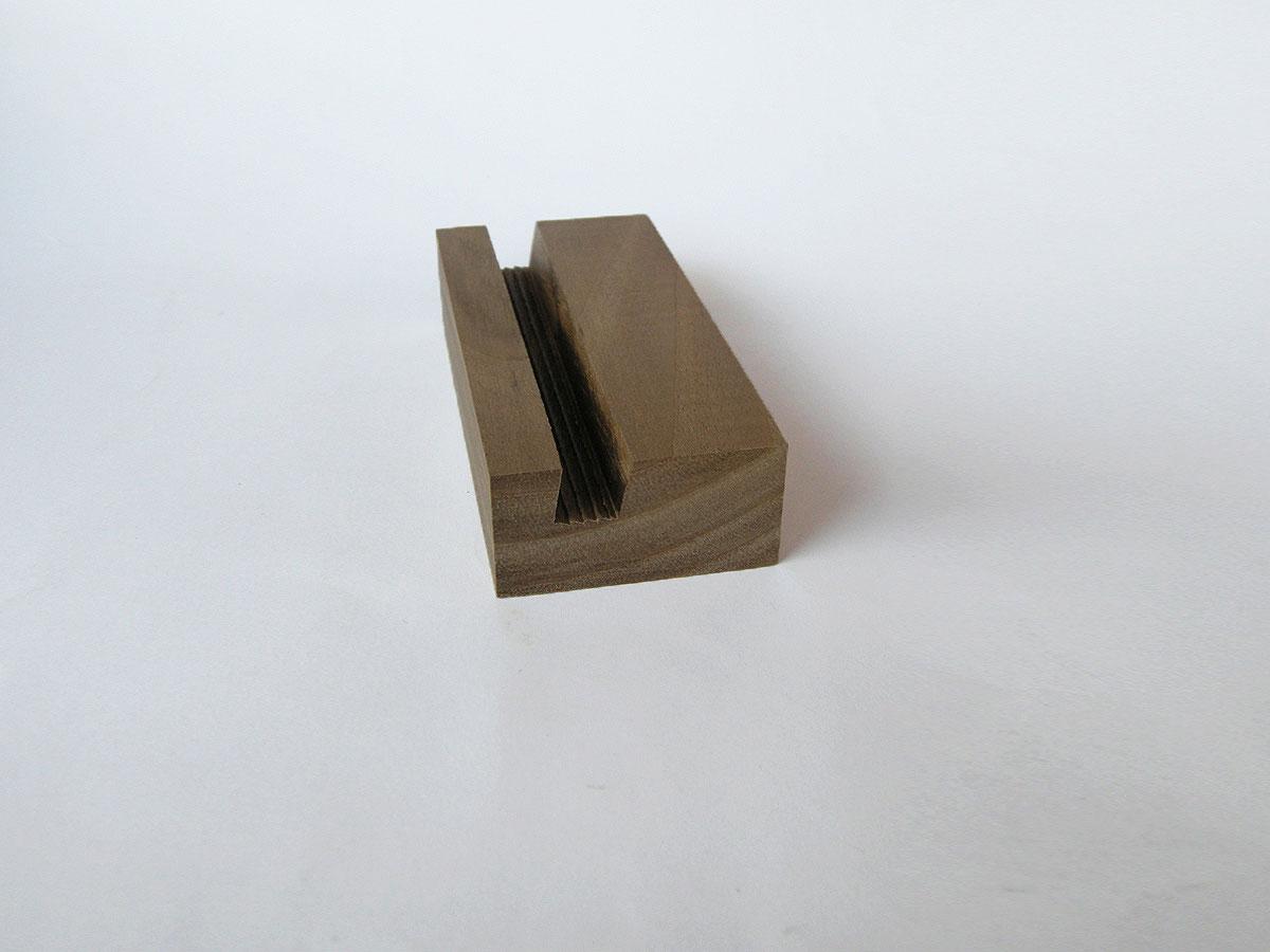 Wood Iphone Stand 59 Walnut 03