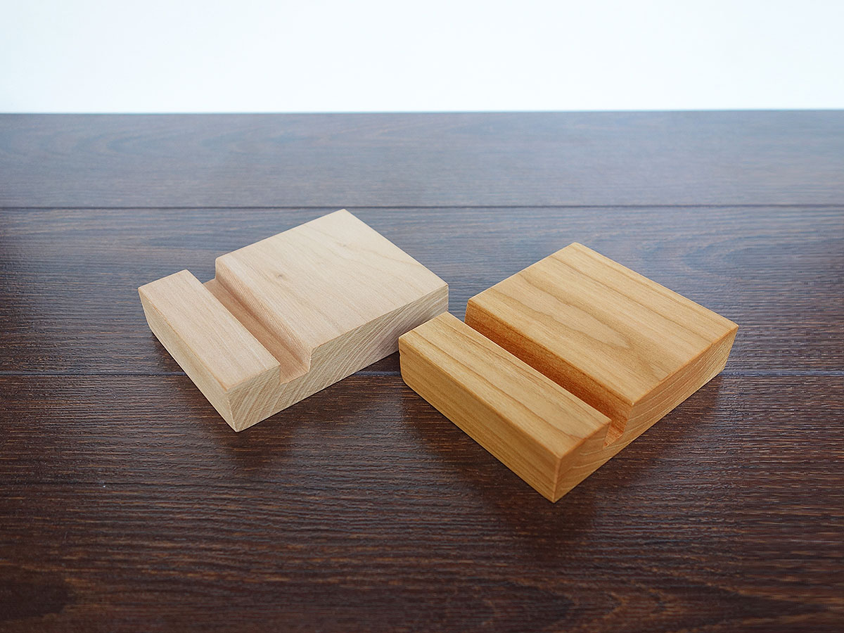 Wood Iphone Stand C01