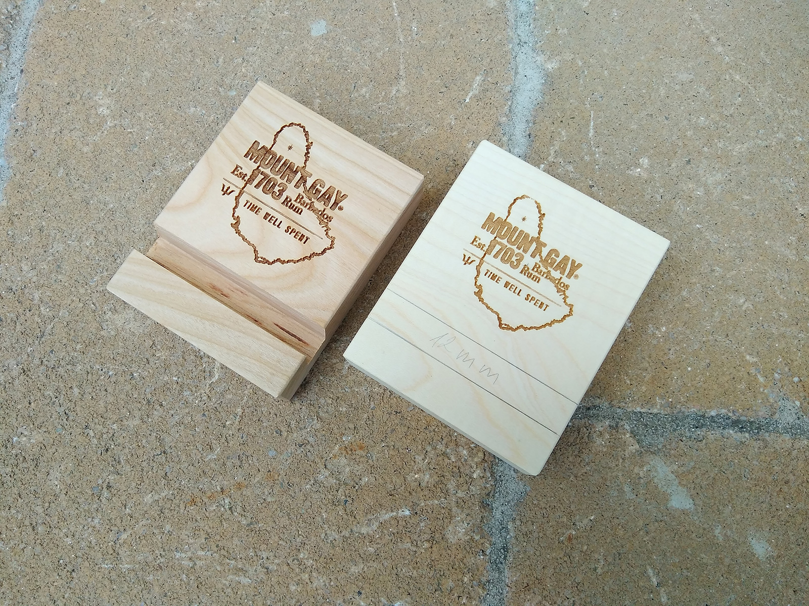wooden business card holder Archives - Magowood