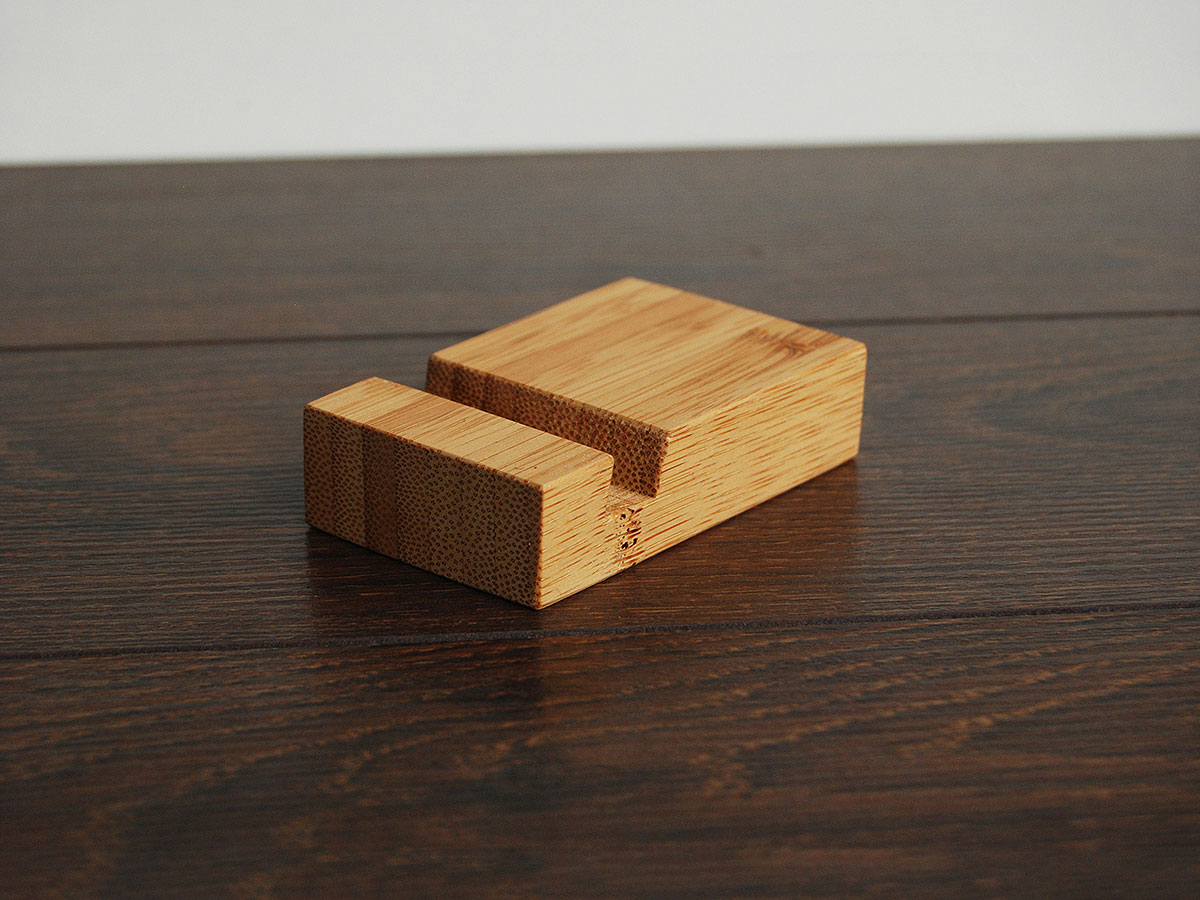 Bamboo Iphone Stand Tiny 05