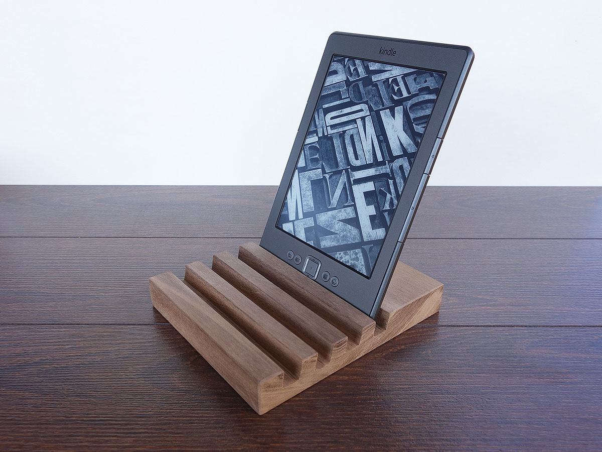 4 Slots IPad Charging Station From Walnut. Multi Device Ornagizer