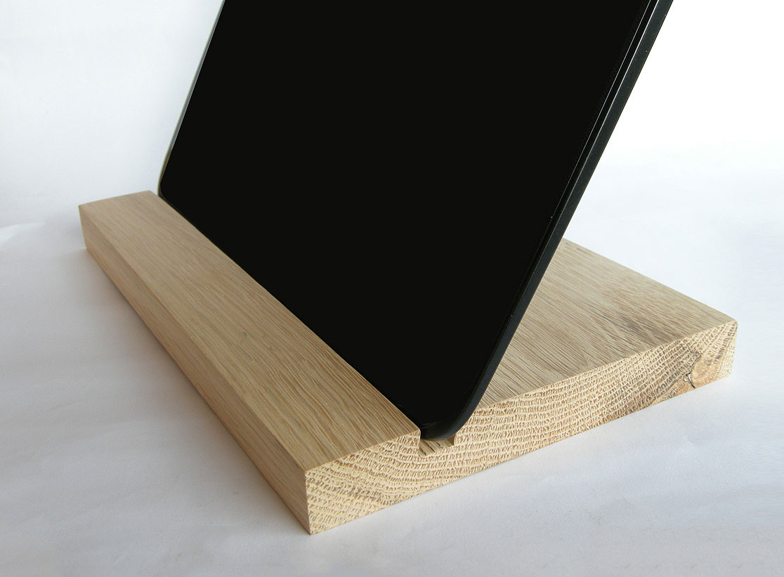IPad Stand. Wood IPad Stand. Wooden IPad Stand. Oak Wood.