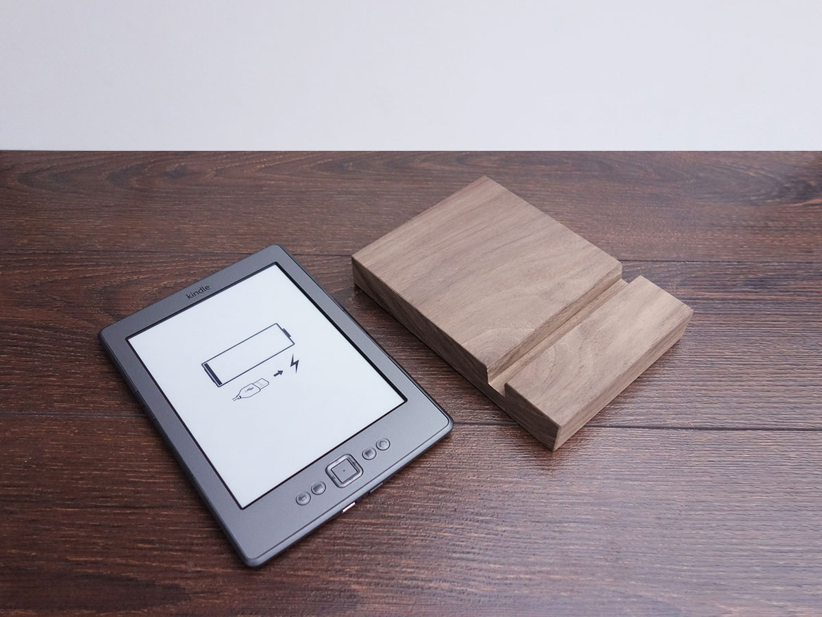 Wood Ipad Stand 97 Walnut 03