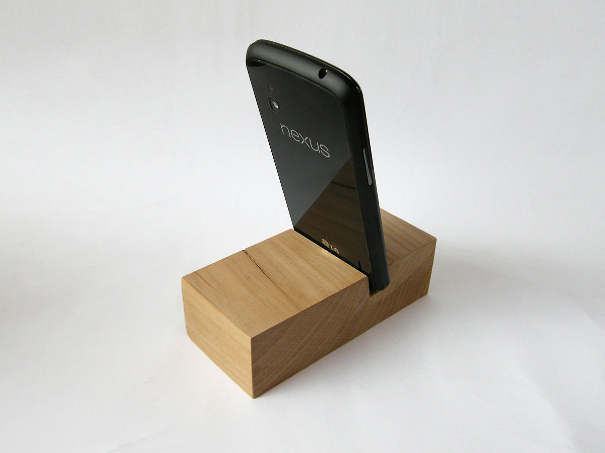 IPhone 6 Station. Wooden IPhone Stand. Wood IPhone Docking Station. SmartPhone Docking Station.