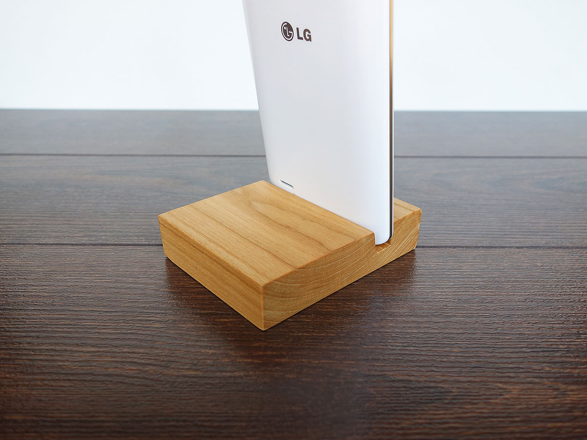 Wood Iphone Stand C04