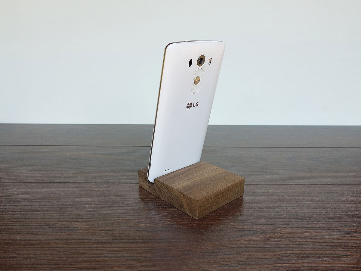 Wood Iphone Stand W03